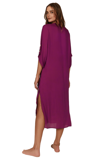 VW206004_1738_3-SLD-EMB-BRAID-CAFTAN