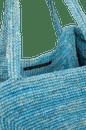 VC213001_1770_5-SLD-PYRAMID-BAG